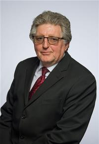 Profile image for Councillor Malcolm Donoghue